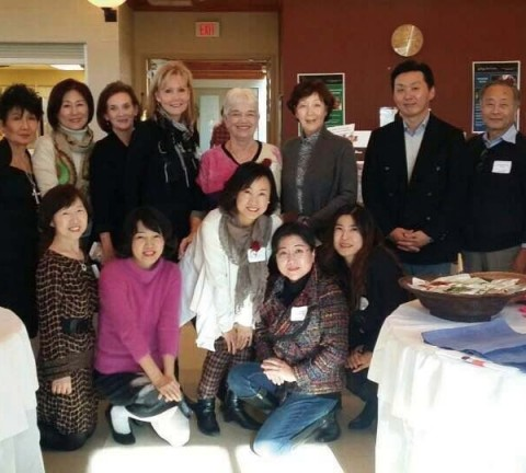 한국입양아를 위한 바자회, 한국입양아 위한 기부금 마련